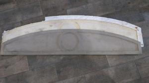 Longueur 133 cm; Flèche 25 cm; Largeur 2 cm