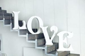 LOVE enchanté